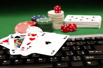 Смотреть в онлайн казино рояль hd — Slotsvolcano — Топ