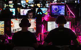 Стоит ли делать ставки на киберспорт?